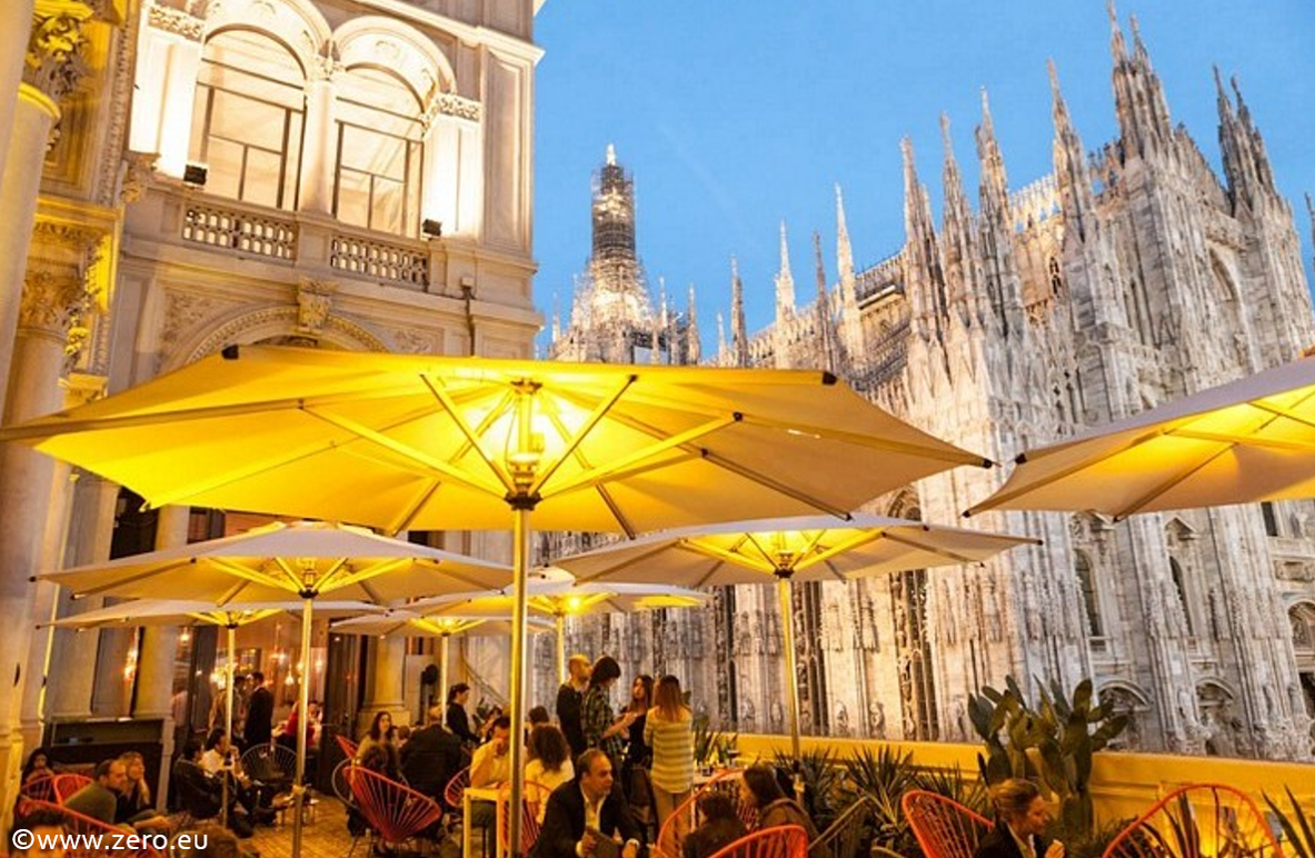 Terrazza Aperol Aperitiv Next To The Duomo Aperitivo Milan